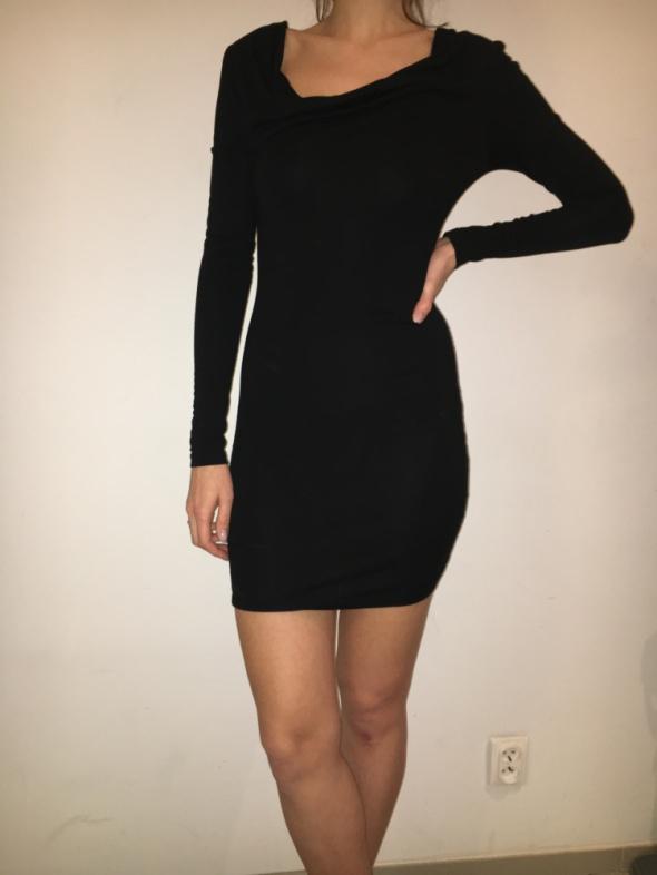 Obcisła sukienka ASOS 36...