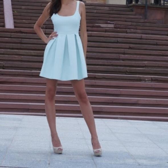 ZARA miętowa sukienka rozkloszowana żakardowa 36 S