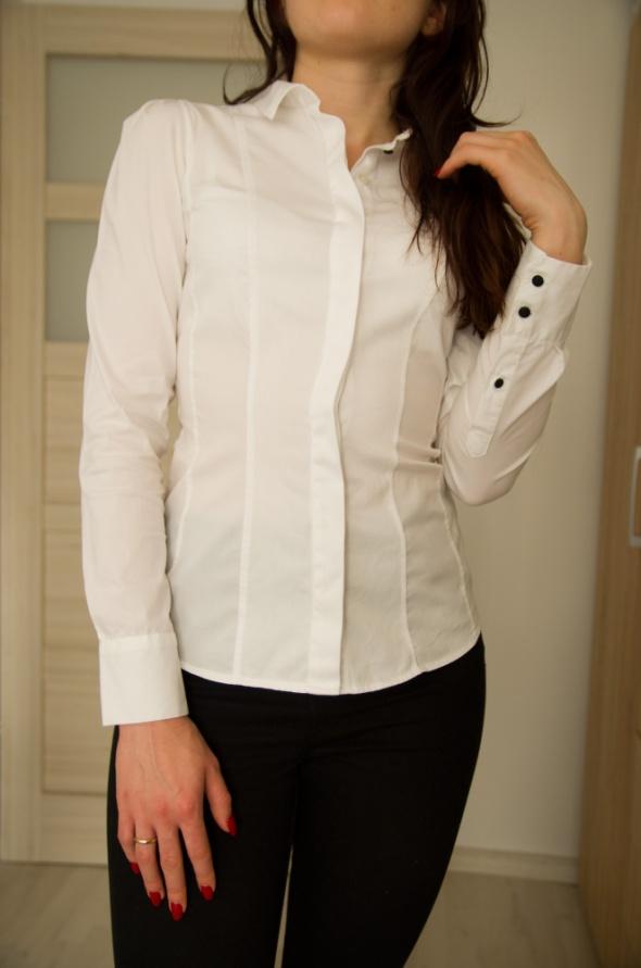 biała koszula 34 H&M...