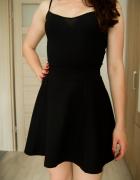 krótka czarna spódniczka S H&M...