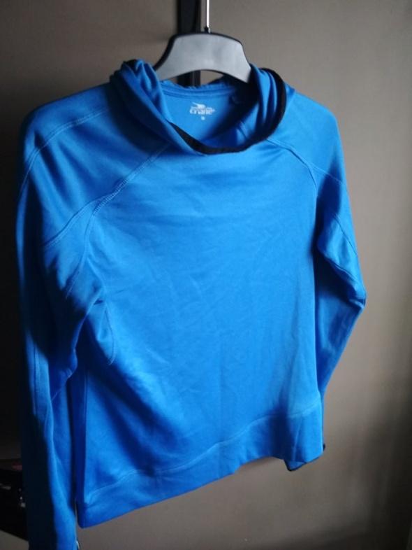 Bluza niebieska sportowa z kapturem 38