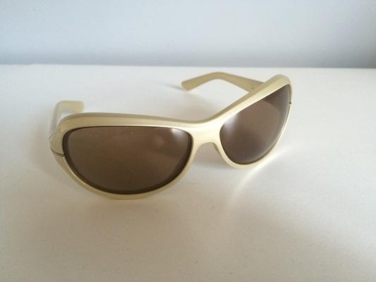 Złote Okulary Przeciwsłoneczne NIKE
