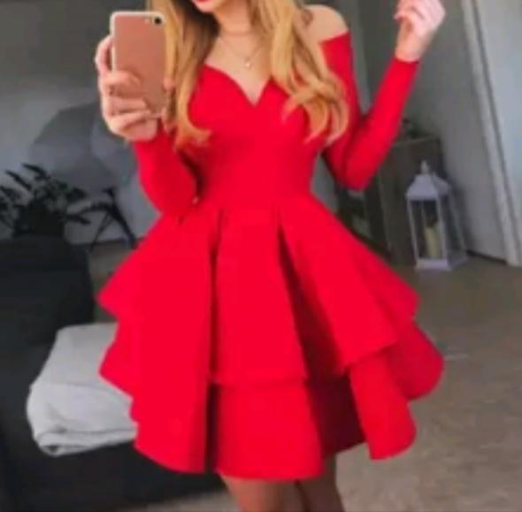 seksowna czerwona rokloszowana sukienka z dkoltem...