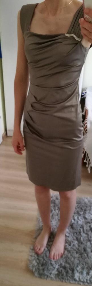 Sukienka szara obcisła