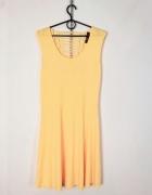 Moon Collection Plus Size Żółta pastelowa sukienka wycięcie na ...
