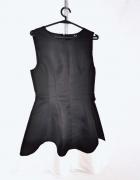 Ax Paris Czarna rozkloszowana sukienka biały ozdobny dół zasuwa...