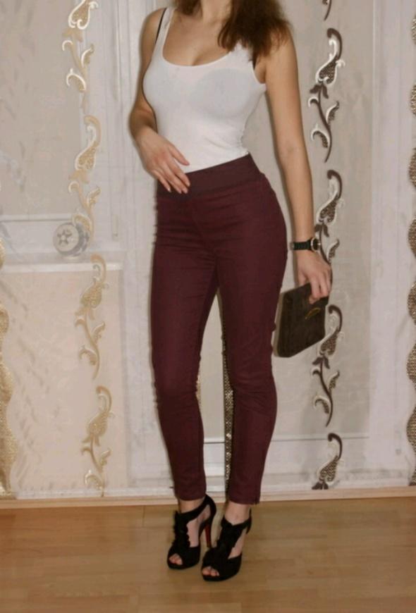 Bordowe Spodnie Treginsy Rurki