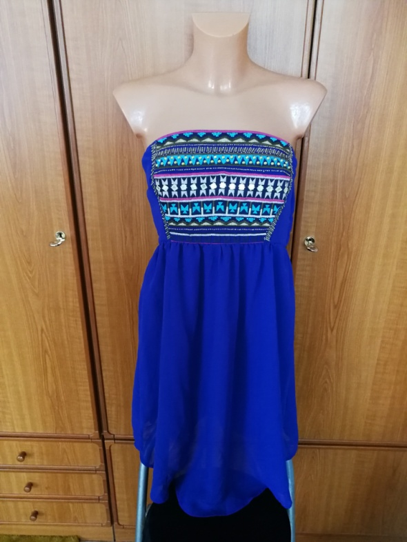 Piękna sukienka chabrowa Bershka M NOWA z metkami...