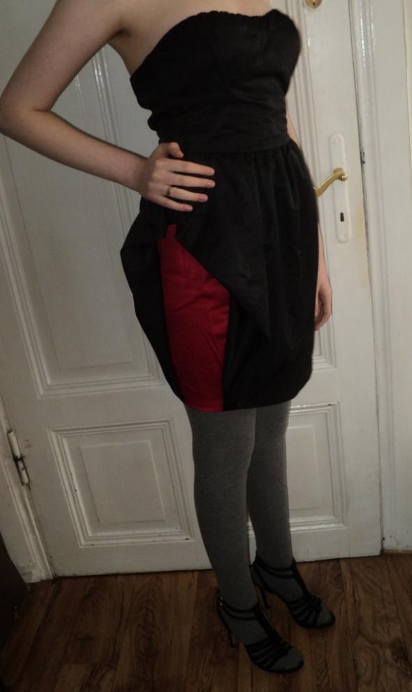 Piękna sukienka tulipan bombka czarna Bershka L NOWA z metkami...