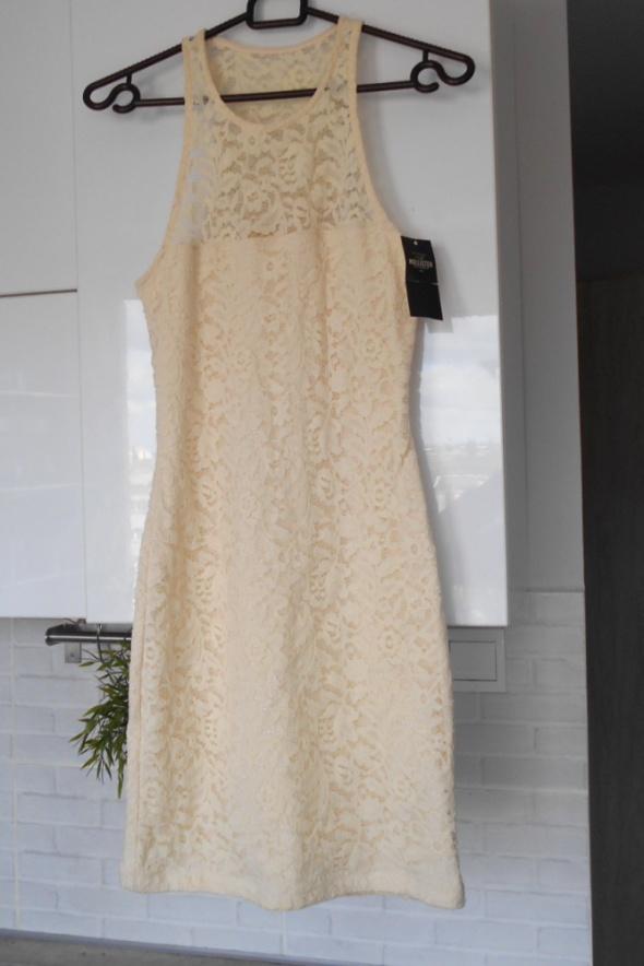Hollister nowa sukienka koronkowa bodycon kremowa nude dopasowana