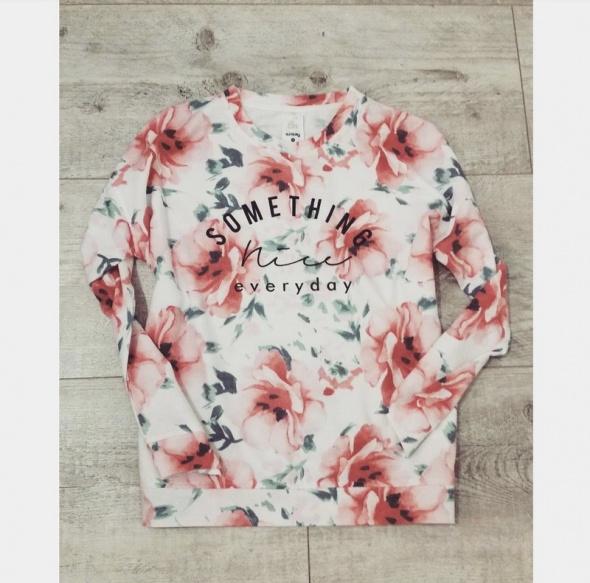 Bluzy Bluza w kwiaty Sinsay