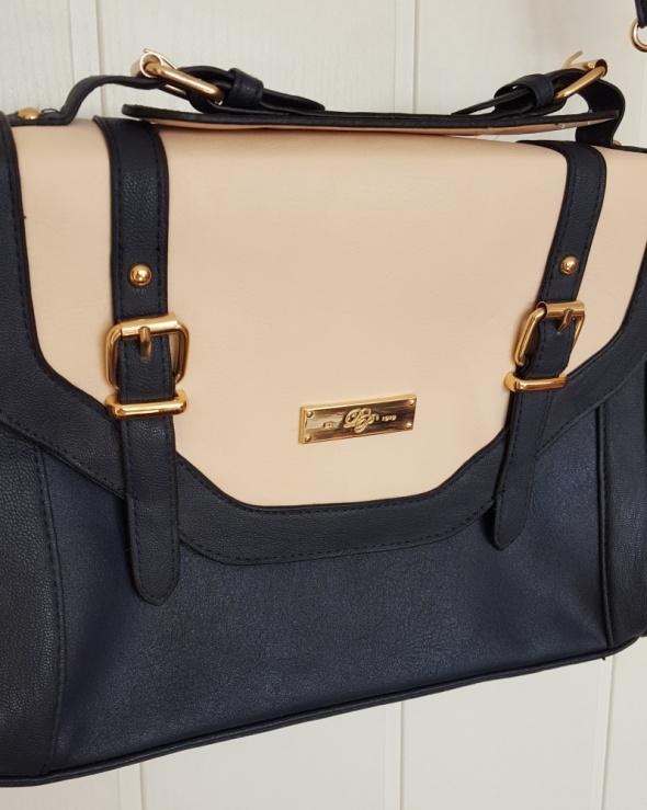 Nowa torebka Dorothy Perkins listonoszka retro granatowa kremowa klapa