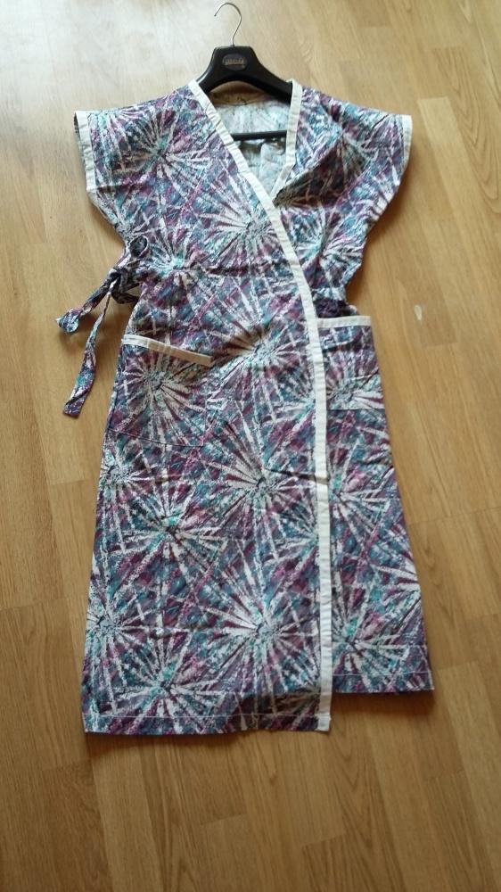 letnia sukienka wiązana