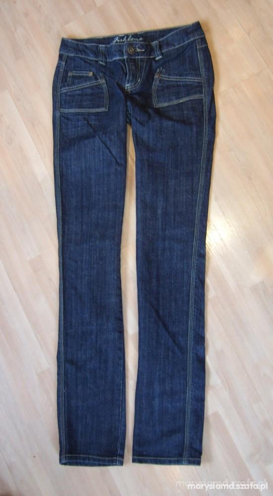 Ciemne jeansy stan idealny...
