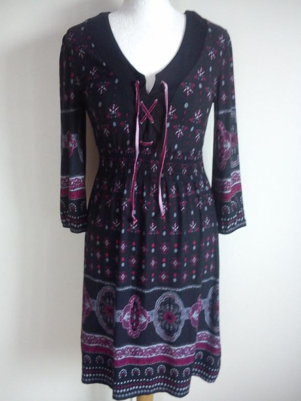 Nowa czarna z fuksja sukienka 36 38