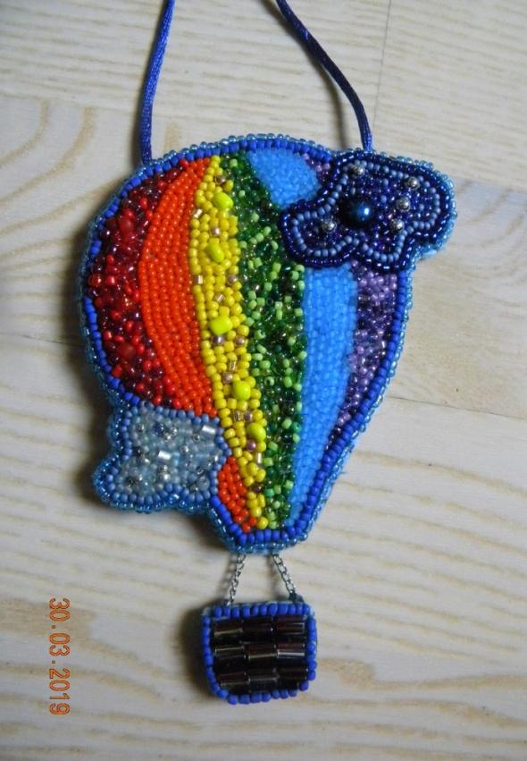 handmade naszyjnik wyszywany koralikami balon