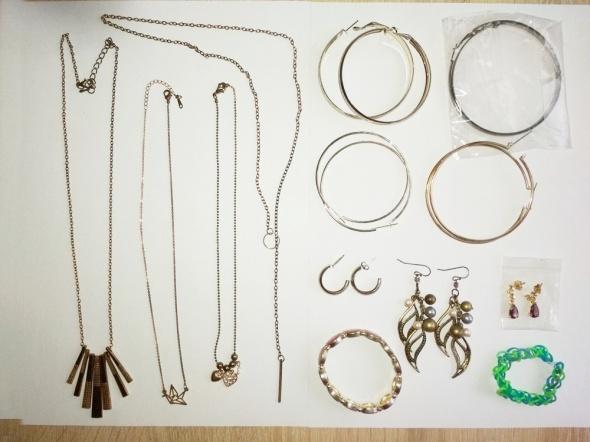 zestaw biżuterii naszyjnik kolczyki bransoletka 13 szt