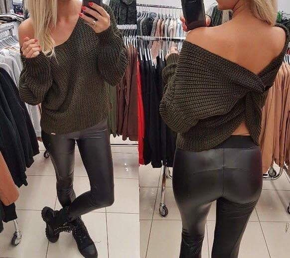 Sweter khaki must have