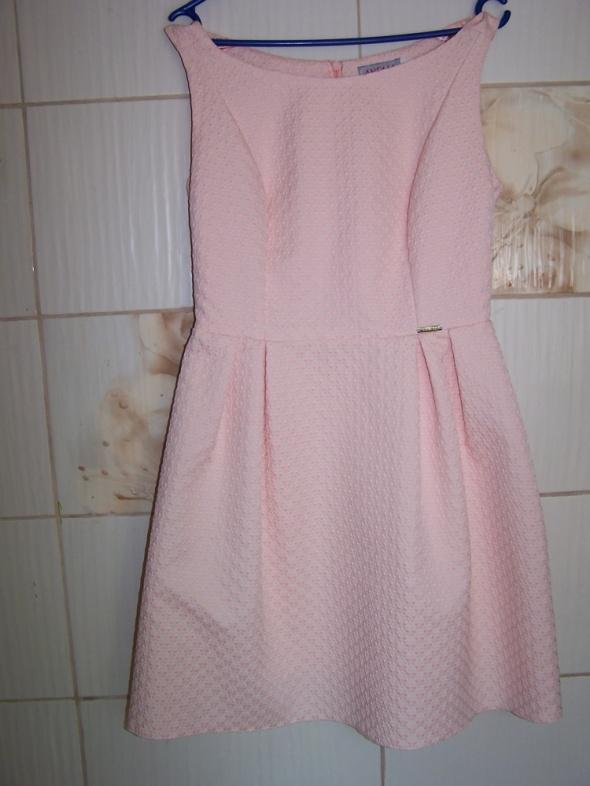 Sukienka na wesele brzoskwiniowa L