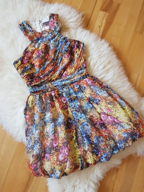 Sukienka w kwiaty Lipsy London Bombka...
