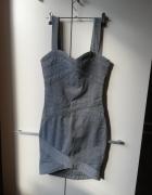 srebrna obcisła sukienka...