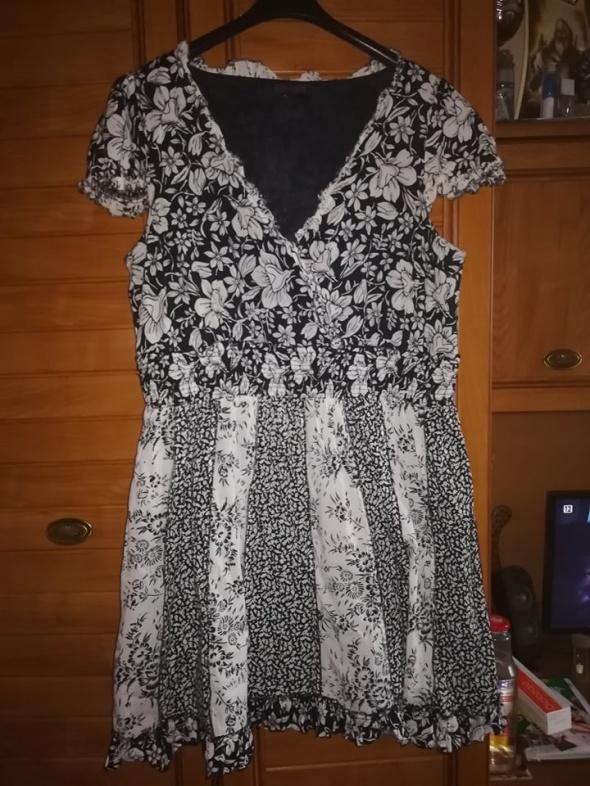 Śliczna letnia sukienka dla puszystej 44 46