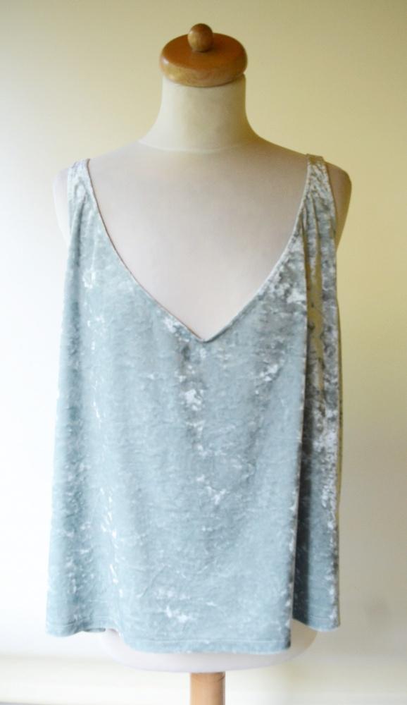 Bluzka Miętowa H&M XL 42 Welurowa Welur Oversize