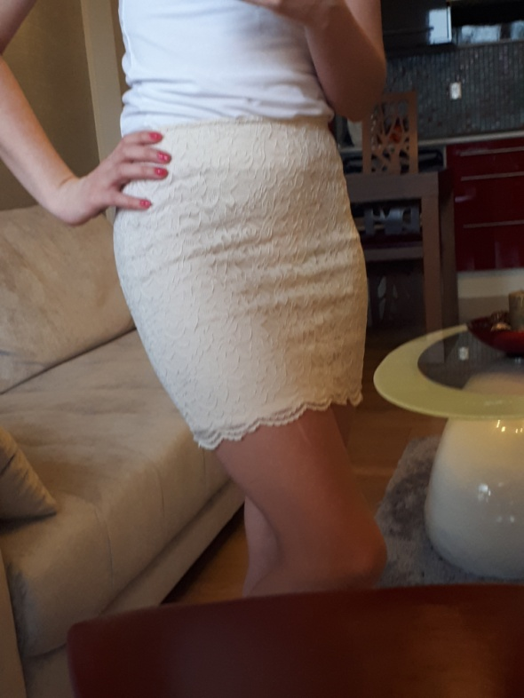 Kremowa koronkowa spódnica H&M XS 34