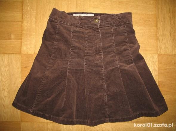 Czekoladowa sztruksowa spódnica rozmiar 36