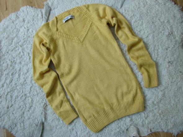 Swetry Musztardowy sweterek House