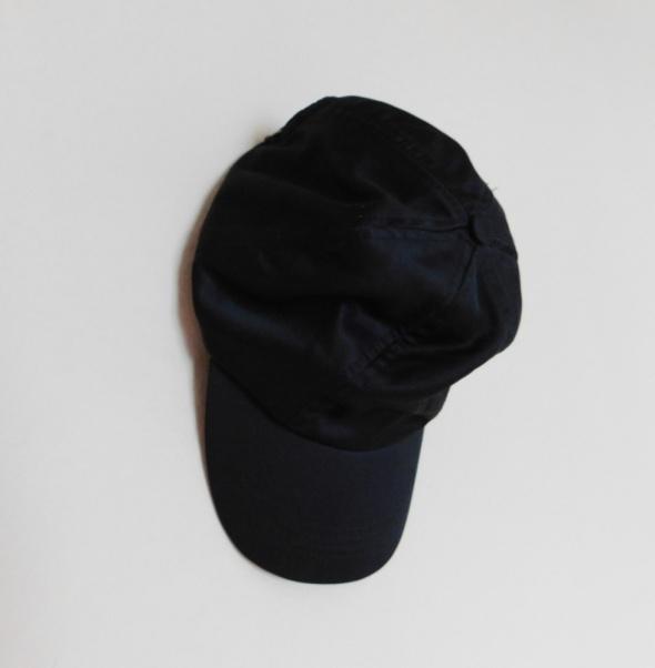 Nakrycia głowy Terranova czarna czapeczka z daszkiem nowa