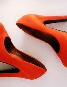 pomarańczowe czółenka 35