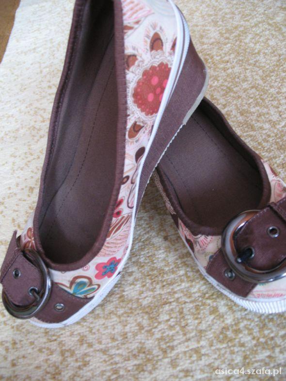 śliczne buty na platformie koturna piękne 39