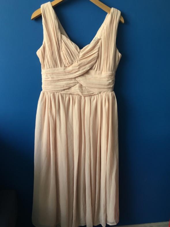 Sukienka midi marszczona zwiewna rozkloszowana