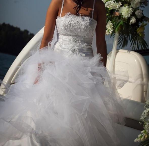 Suknia ślubna księżniczka...