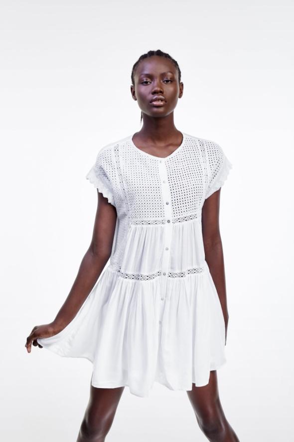 zara sukienka azurowa z haftem