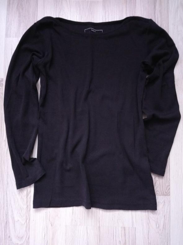 Bluzki Czarna dzianinowa bluzka
