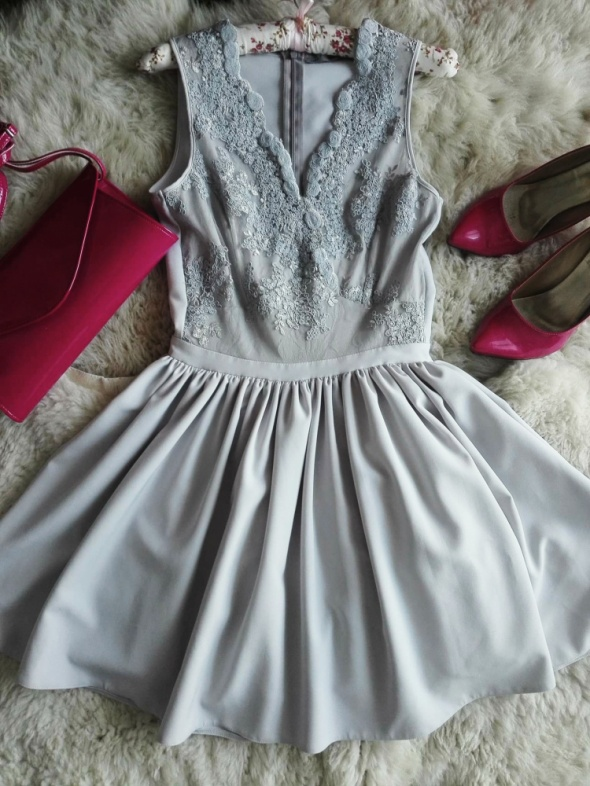 Piękna kloszowana sukienka Vera P by Lucca