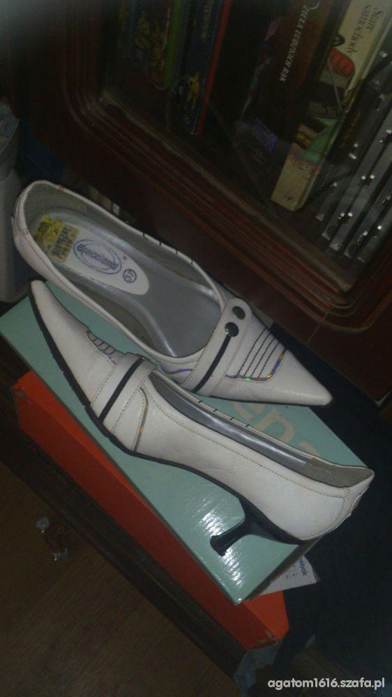 modne buciki