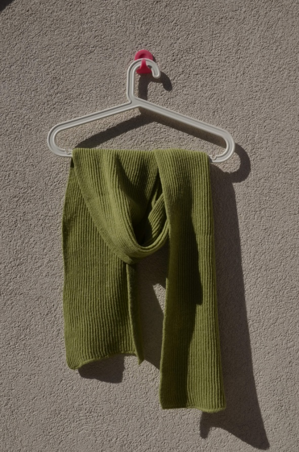SZAL stan idealny zielony w prążki