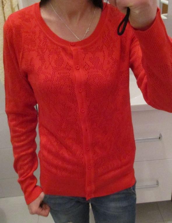 Sweter czerwony ażurowy rozm S