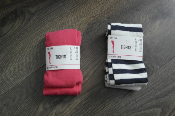 Nowe rajtuzy w pasy i czerwone bawełna 158