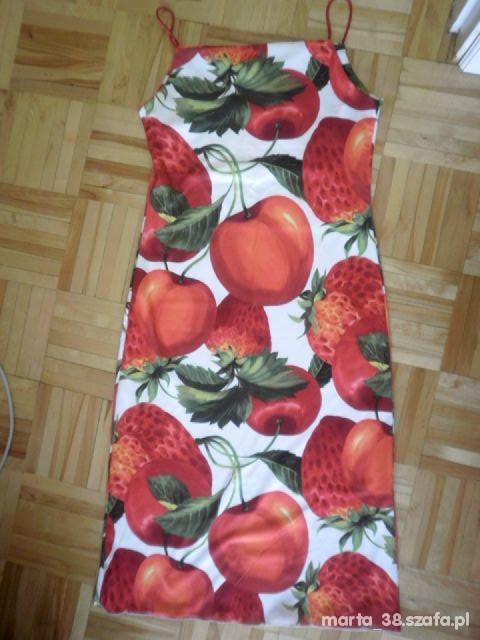 Sukienka w owoce