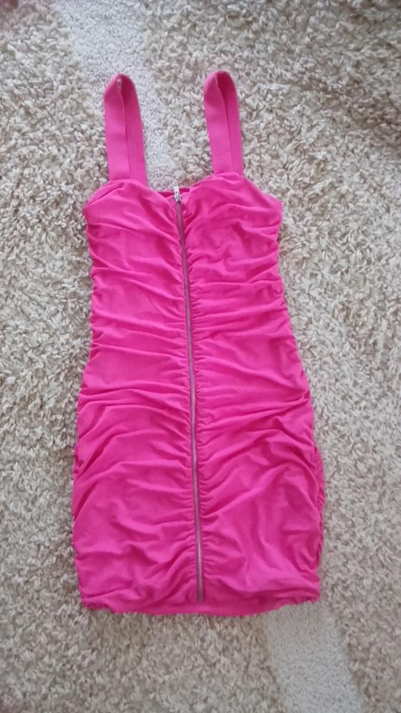 Różowa sukienka zip