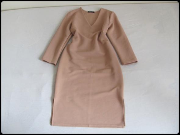 Elegancka sukienka nude w idealnym stanie 40 L