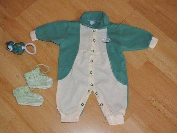 komplet ubrań