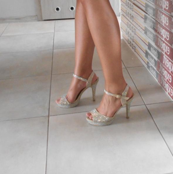 Krasceva diamante heels szpilki kryształki sandały na