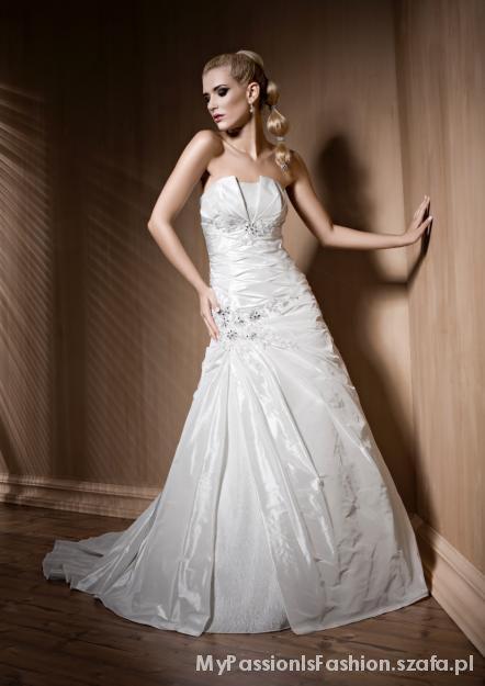 Suknia ślubna z trenem 38 welon bolerko