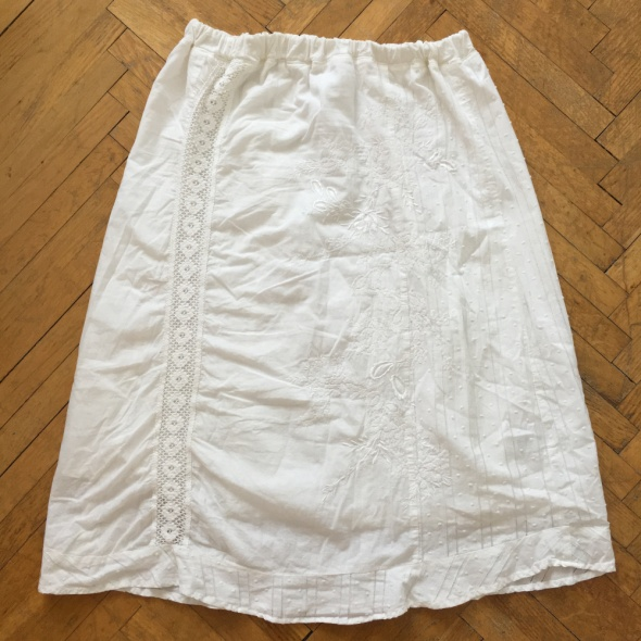 100 bawełniana spódniczka na gumce haftowana za kolano rozm XL 42