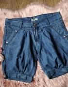 Jeansowe spodenki alladynki...